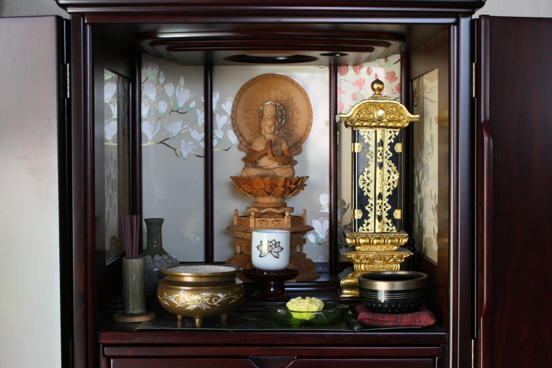 遺品整理で仏壇はどう処分すればいいの?