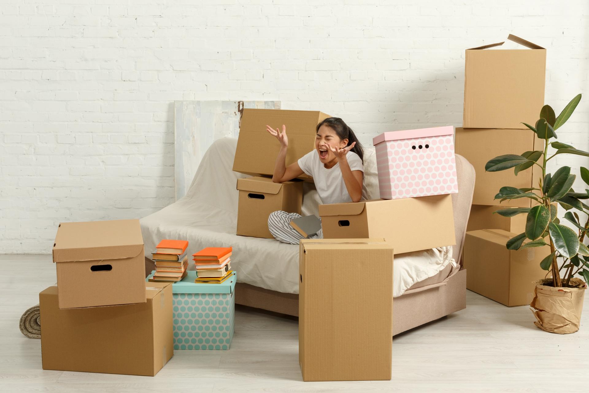 実家の空き部屋に荷物を置きっぱなしに!片付ける方法は