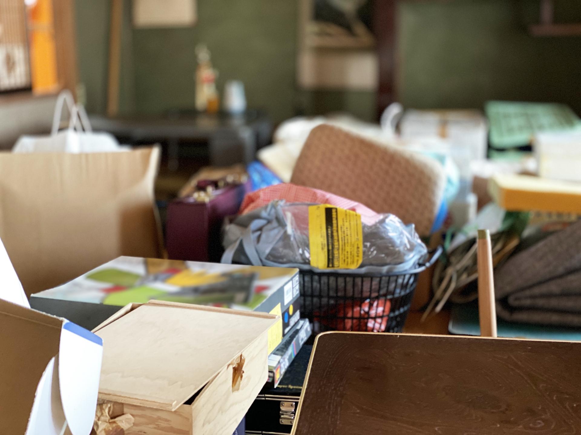 家財整理とは?遺品整理と何が違う?